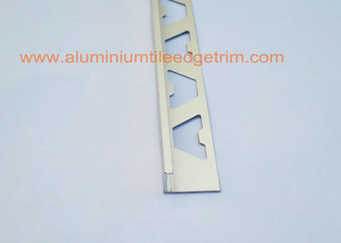 China Winkel-Art Aluminiumfliesen-Rand-Ordnung 12mm, Aluminiumlatte für Fliese fournisseur